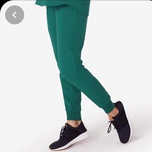 Figs hunter green Catarina and Zamora joggers